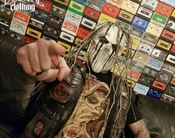 Steve Skinny Felton of Mushroomhead wears Barmetal