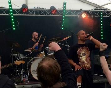 Ryan from Spirytus rocks Barmetal at Wildfire Festival