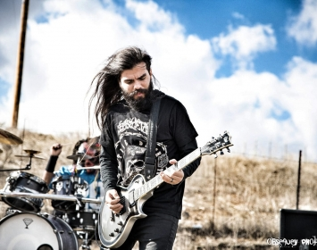 "Arnold Quezada of Dirty Machine rocks Barmetal in new video ""Against the World"""